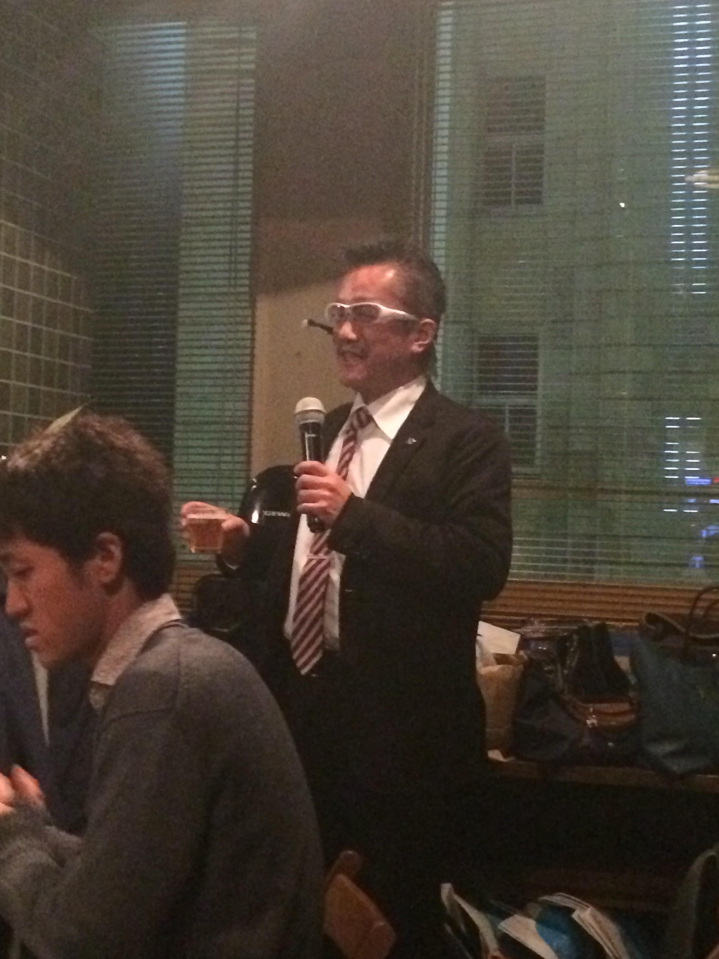 開始は塚本先生の挨拶から