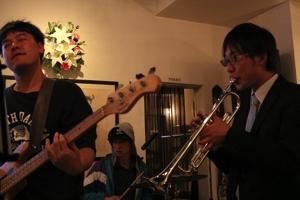 2016年度S2バンド(ベースの中山君、トランペットの倉橋さん)