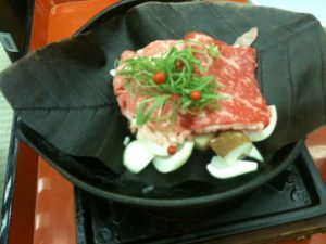 岐阜県名物の「朴葉味噌」も堪能出来ました。